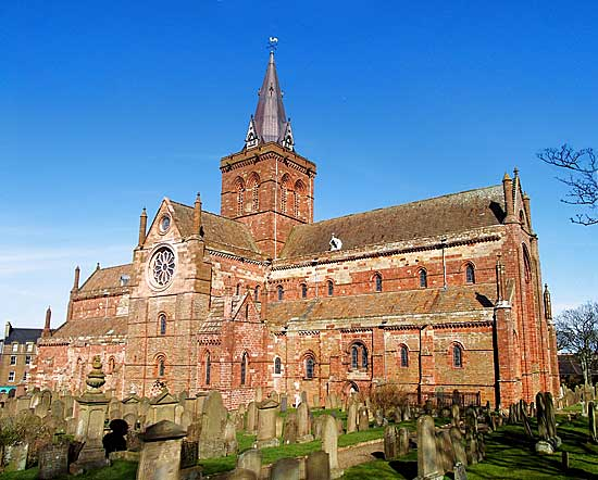 St Magnus Cathedral will host two services to mark the start of World War One.
