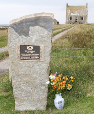 A stone and plaque commemorating Dr. John Rae was unveiled at Clestrain House in Orphir in 2015.