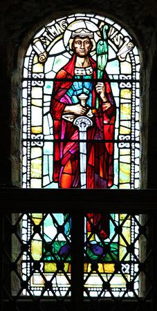 Glassmaleri av Magnus i Magnuskatedralen i Kirkwall