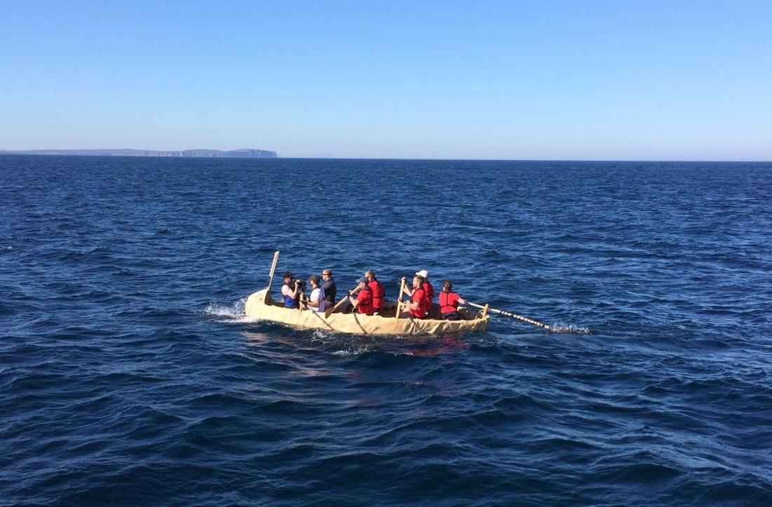 replica boat web