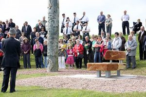 Carved bench unveiled, in memory of Karen Aim