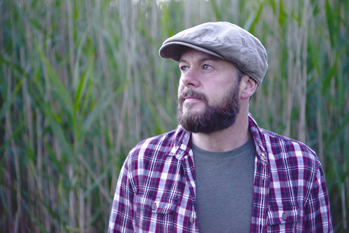 Singer/songwriter, Alan Frew will perform two solo shows in Orkney this weekend.