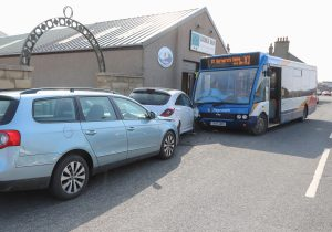 Four-vehicle accident on Great Western Road