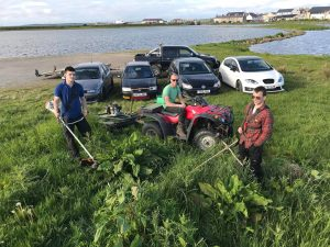 Council leader praises grass cutting effort