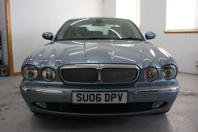 jaguar-xj-06-4