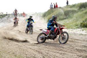 Title defence begins and Beach Race returns during the weekend's sport