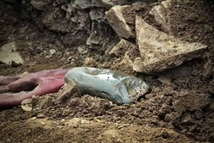 Ness of Brodgar dig reveals site's largest stone axe