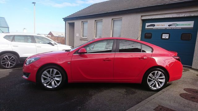 2013-vauxhall-insignia-red-2
