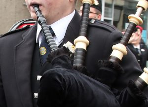 Orkney 'pipes up' in clap for carers