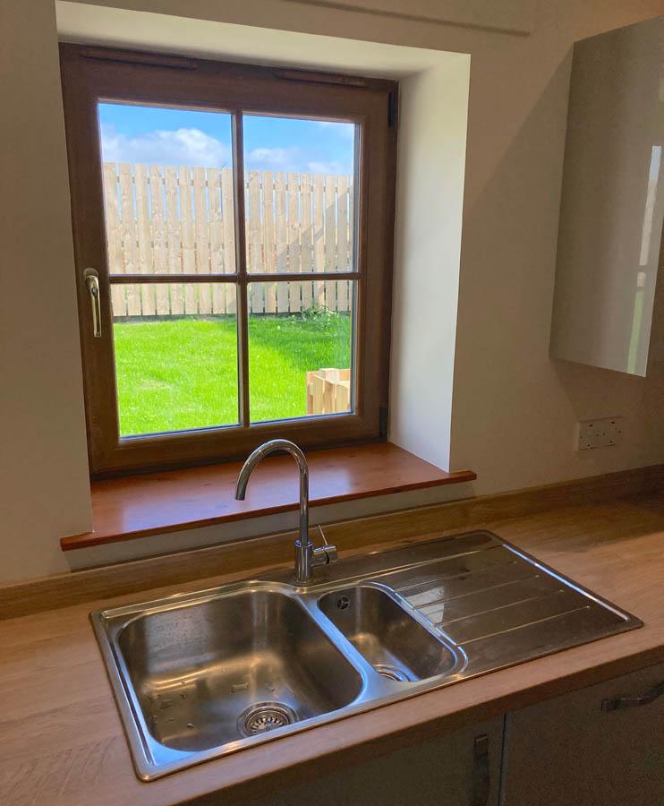 p40 kitchen window